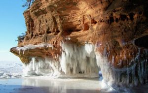 Ледяные пещеры в США